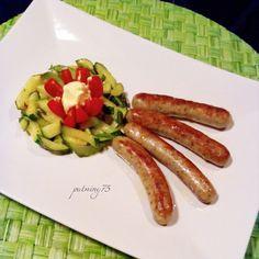 Una cometa in ritardo...Salsicce di Norimberga con zucchine e pomodoro #Nürnberg #salsicce #zucchine