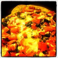 Its melting! Hawaiian Pizza, Vegetable Pizza, Vegetables, Food, Grill Skillet, Veggies, Vegetable Recipes, Meals, Yemek