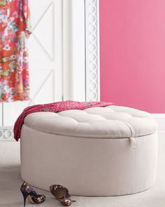 lilly pulitzer love this ottoman  xtra seating & storage!