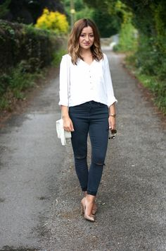 Mission;Style: Jamie, I Love You… Jamie Topshop Jeans  Ripped Jeans White Shirt Minimal Gucci Disco Street Style