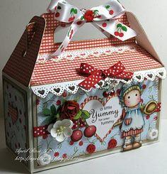 Boite à cadeau faite en carton