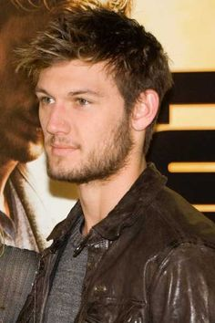 Pettyfer with a beard= 5000 times hotter...... just sayin