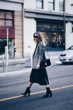Style and beauty blogger Jill Lansky of The August Diaries in perfect black slip dress, H&M plaid boyfriend blazer, Celine bag Blazer Outfits Casual, Black Dress Outfits, Casual Dresses, Slip Dresses, Work Outfits, Trendy Outfits, Cute Outfits, Shirtdress Outfit, Look Fashion