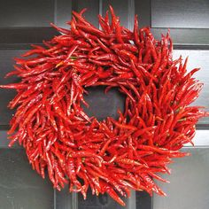 chili pepper wreaths from new mexico | Organic Red Chili Pepper Wreath - The Green Head