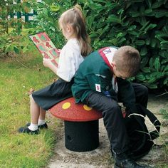 Pixie™ seat appeals to children and acts as a fun prop for imaginative play. The seat is manufactured predominantly from recycled rubber tyres and is securely installed using an underground reinforcing tube. #ChildrensSeating #Seat #RecycledMaterial #GlasdonUK