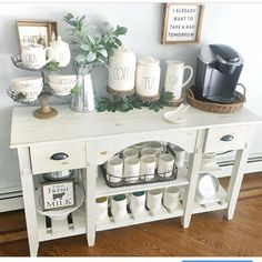 Happy Monday!! Playing along with my girl Sheana @smalltowngirllife for #moveitupmonday and sharing my coffee bar! This table is on sale…