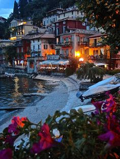 Jet Vignettes: Stealing Beauty from Bellagio - Varrena, Italy