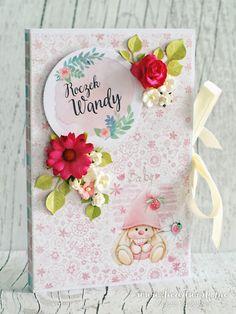 Kartka-księga na roczek. Kartka na pierwsze urodziny dziewczynki. Prezent od dziadków dla wnuczki na roczek. Oryginalna kartka na roczek dla wnuczki. Ręcznie robiony prezent na pierwsze urodziny.