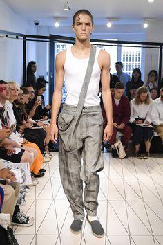 Chalayan Spring 2019 Menswear Fashion Show Collection: See the complete Chalayan Spring 2019 Menswear collection. Look 12
