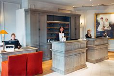 Welcome to our Hotel München Palace in Munich #hotelinmuenchen #hotelinmunich #munichhotel #hotel #palace #trogerstrasse #reception Restaurant, Around The Corner, Boutique, Munich, Palace, Reception, Contemporary, Diner Restaurant, Palaces