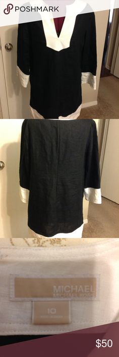 Michael Kors Black and White Linen Dress, Size 10 Beautiful eye-catching Michael Kors Black and White Linen Dress. Great design that can go casual with strappy sandals or dress it up for a night out. Size 10. KORS Michael Kors Dresses