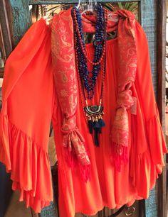Spring fashion  Closetconnoisseurresale.com #saresale #SanAntonioresale #bestresale #consignment #closetconnoisseur  #closetconnoisseurresale #homedecor #homedecoration #art #fashion #furniture