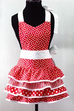 Retro revisible apron from Gramma May Handicrafts
