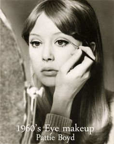 1960′s Eye Makeup Tips – from Sixties model Pattie Boyd
