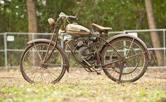 1950 Whizzer Motorbike   Whizzer
