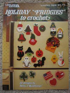 Holiday Fridgies to Crochet, Leisure Arts Crochet Pattern Leaflet 328 Magnets Appliques Motifs Gift Tags & Spirit Halloween, Halloween Themes, Halloween Fun, Halloween Decorations, Stitch Patterns, Crochet Patterns, Crochet Books, Pattern Paper, Easy Crochet