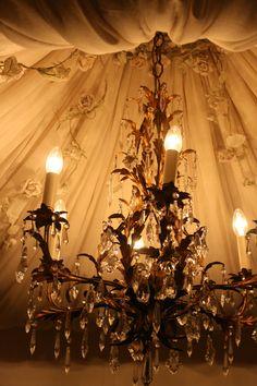 Sheelin Antique Lace Shop Tented Ceiling