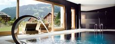 Chalet RoyAlp Hotel & Spa: Chalet RoyAlp offers glorious views of the Alps and lashings of five-star charm.