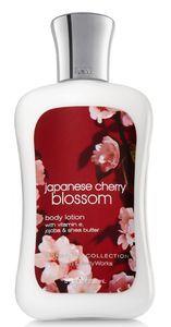 Body Lotion Japanese Cherry Blossom de Bath & Body Works : Fiche complète et 4 avis consommateurs pour bien choisir vos produits Laits corporels
