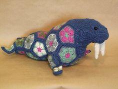 Wally the African Flower Walrus crochet pattern - download only