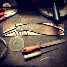 #facas #faca #knife #knive #cutelaria #MyKnives #facascustom #customknive #customknife #blacksmith #cutelariaartesanal #handmadecutlery #cutlery #knifemaking #knivemaking #blade #lamina #Knifeporn #knifemaker #knivemaker #bushcraft #handmade #madeira #wood #forging #forge #steel  #knifecommunity #knivecommunity #woodwork