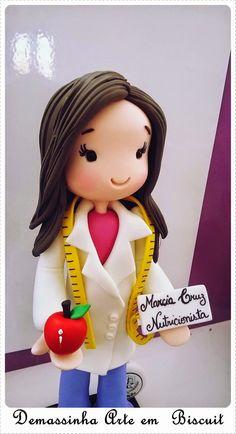 Boneca personalizada Nutricionista. Orçamentos: demassinha@gmail.com