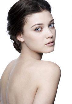 Diana Moldovan as Lilith
