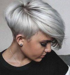 Hennie Gebhardt Short Hairstyles – Likeeed Blond Hairstyles, Modern Short Hairstyles, Haircuts For Thin Fine Hair, Short Hair Cuts For Women, Short Hair Styles, Rebecca Ferguson, Blonde Pixie Cuts, Super Short Hair, Queen Hair