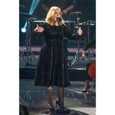 ا اجرای ادل در تلویژن شو 2015  Adele's performance  at the television show 8 December 2015 @Adele #ادل#آدل#موسیقی#موزیک#سلبریتی#خواننده#آهنگ#آلبوم#ویدیو#کلیپ#عکس#کنسرت#کنسرت_زنده #Adele#Music#daydreamer#clip#video#Album#celebrity#clips#concertlive #single#song#AdeleConcert#Adelevideo http://tipsrazzi.com/ipost/1516267296845661398/?code=BUK3RKtBwTW