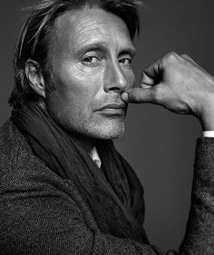 Mads Mikkelsen by Henrik Bülow for Kaufmann Magazine, Winter 2013