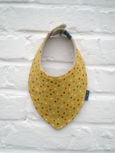 Bavoir bandana bébé tissu japonais jaune _ fait main par Decofil : Mode Bébé par decofil