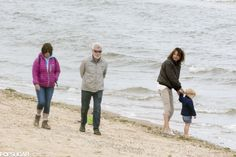 People Walking by Prince George on the Beach | POPSUGAR Celebrity