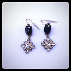 Floral Earrings Worn once. Very light weight. Cute for dressing up an outfit! Jewelry Earrings