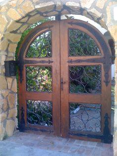 cancello d'ingresso in una casa spagnola-Valencia