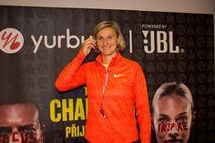 Bara Špotáková - Yurbuds na Zlatá tretra Ostrava 2015 Nasa, Athletic, Celebrities, Sports, Jackets, Inspiration, Fashion, Hs Sports, Down Jackets