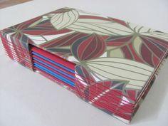 Diário artesanal com estrutura buttonhole - Estúdio Lupi by Lu Pimenta