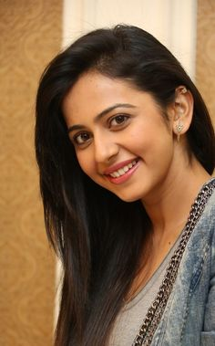 Rakul Preet singh actress thunder thighs sexy legs images and sexy boobs picture and sexy cleavage images and spicy navel images and sex. Beautiful Girl Indian, Most Beautiful Indian Actress, Beautiful Women, South Actress, South Indian Actress, Beautiful Bollywood Actress, Beautiful Actresses, Beauty Full Girl, Beauty Women