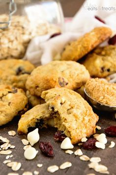 Oatmeal Cranberry White Chocolate Chip Cookies Recipe ~ Soft, Chewy Cookies, Stuffed with Cranberry and White Chocolate! Quick, Easy and Delicious Cookies!