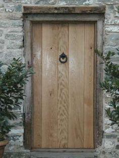 Oak Front Door, Solid Oak Doors, Front Door Porch, Front Doors With Windows, Porch Doors, Shed Doors, House Front, Barn Renovation, House Entrance
