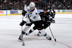 San Jose Sharks forward Patrick Marleau fires a shot on goal (Oct. 30, 2013).