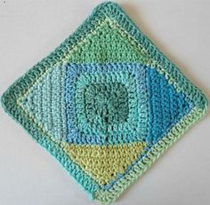 Square on Point Dishcloth: free crochet pattern!