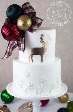 Festive highland Christmas cake by Juniper Cakery Xmas Cakes, Christmas Cakes, Holiday Cakes, Christmas Eve, Christmas Cake Designs, Christmas Cake Decorations, Minimalist Christmas, Group Boards, Cake Decorating Tips