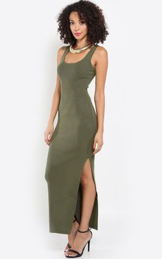 Love the sexy slit on this maxi dress. Elevate the look with a bold collar necklace. I MakeMeChic.com