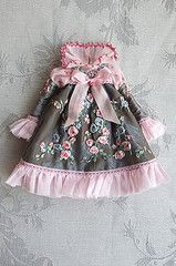 For Jessica  Stormy Roses  (Kikihalb  Forest~Tales ) Tags: pink blue roses storm green outfit clothing ribbons doll dress handmade lace embroidery ooak sewing silk sew garland clothes blythe bouquet collar beaded brocade