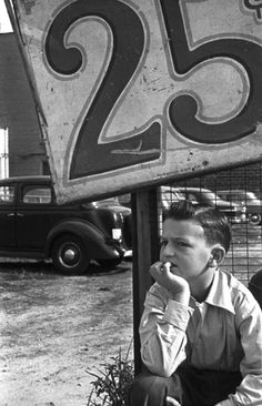 Parking Lot New York 1950 Photo: Harold Feinstein