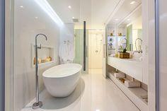 Quem não gostaria de um banheiro desses em casa? Lindo demais!
