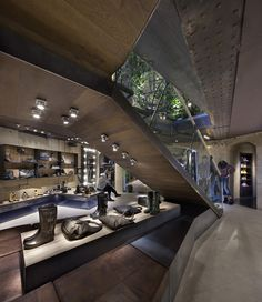 ♂ Masculine & contemporary commercial space retail store design Replay flagship store, masculine interior #ecogentleman