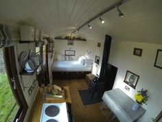 Somerset Holiday Shepherds Hut Hot Tub Luxury 5 Star Fully En suite 2 Person in Holidays & Travel, Accommodation, Cottages/ Houses/ Bungalows | eBay