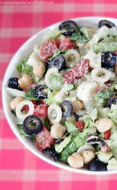 Think Food, I Love Food, Italian Chopped Salad, Italian Salad, Chopped Salads, Italian Pasta, Antipasto, Soup And Salad, Pasta Salad