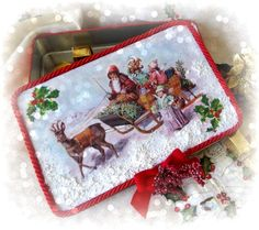 Scatola in metallo natalizia